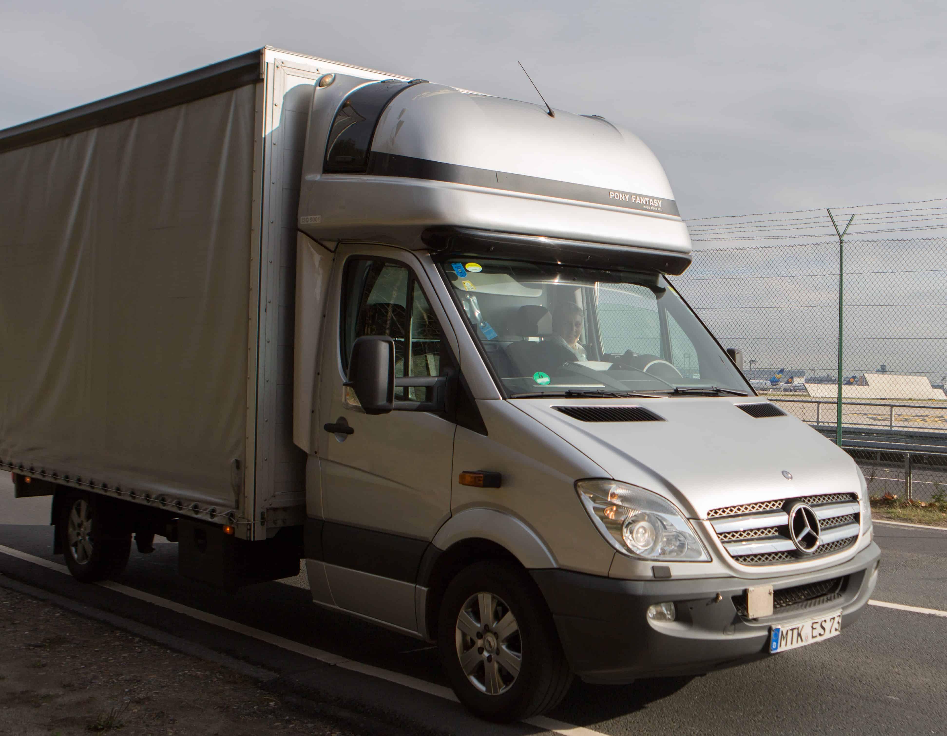 Mercedes-Benz Sprinter mit Pritsche